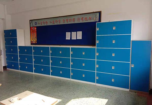 学校家具-存包柜