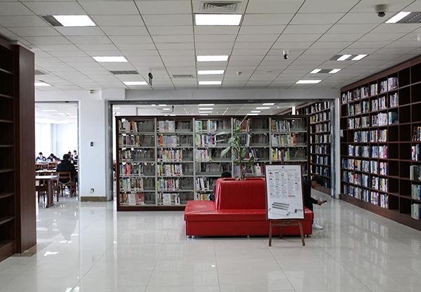 学校家具-木质书架